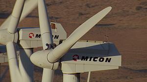 风力发电机(Tehachapi,加利福尼亚州,美国)