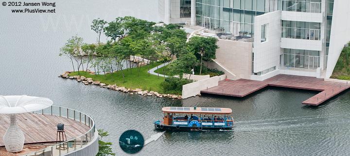 游船驶回欢乐海岸南湖