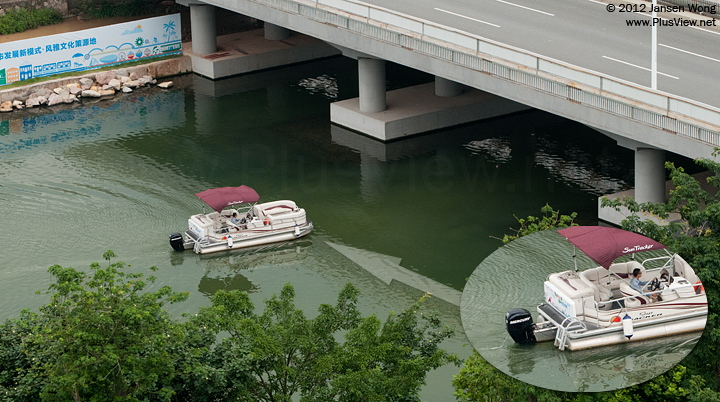 美国SUN TRACKER生产的PARTY BARGE豪华游艇从南湖开往华侨城湿地北湖