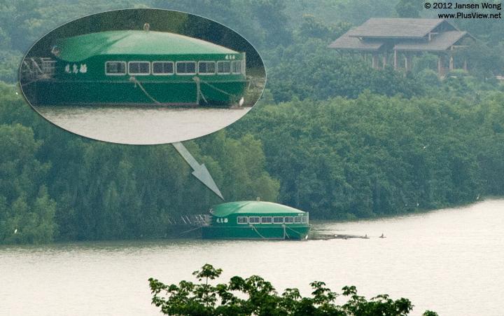 福田红树林自然保护区的观鸟船